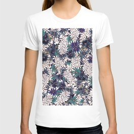 Floral Ditsy Pattern T-shirt