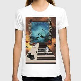 Music, piano with birds and butterflies T-shirt