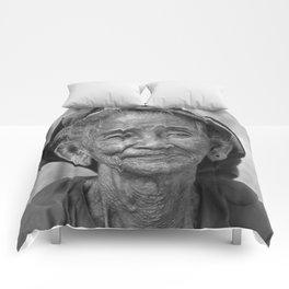 PORTRAIT of an OLD VIETNAMESE WOMAN Comforters