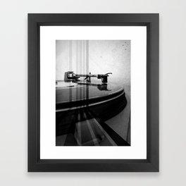 Turntable Retro Framed Art Print