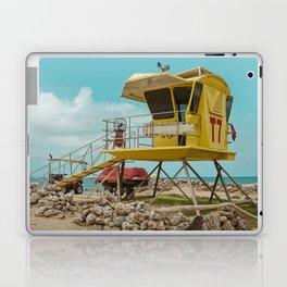 T7 Lifeguard Station Kapukaulua Beach Paia Maui Hawaii Laptop & iPad Skin