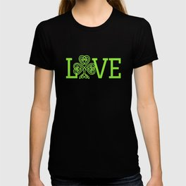 Love Irish Shamrock Celtic Knot Gifts T-shirt