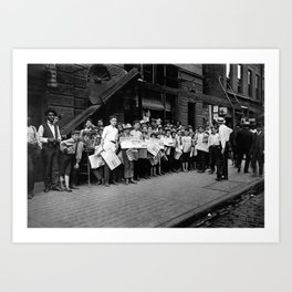 Newsboys Preparing To Work - Lewis Hine - 1908 Art Print