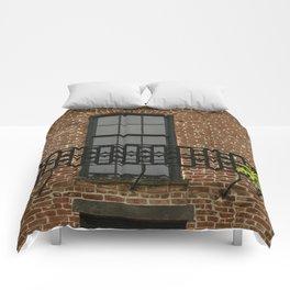 Savannah Warehouse Window Comforters