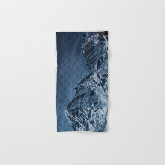 White Mountain Hand & Bath Towel
