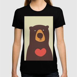 Hearty bear hug T-shirt
