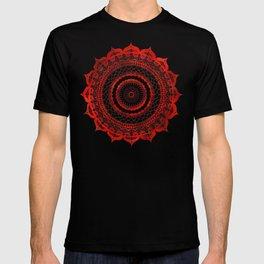 omulyána red gallery mandala T-shirt