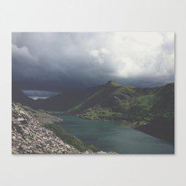Storm coming. Canvas Print