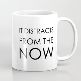 """""""NEVER LOOK BACK, DARLING..."""" (Edna Mode faboulous quote) Coffee Mug"""