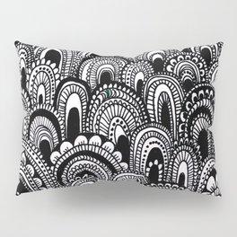 black and white scallops Pillow Sham