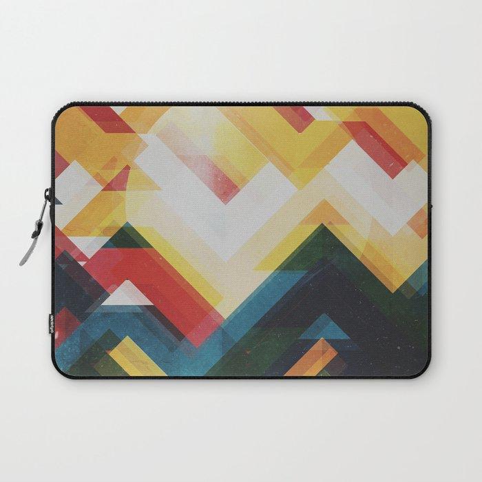 Mountain of energy Laptop Sleeve