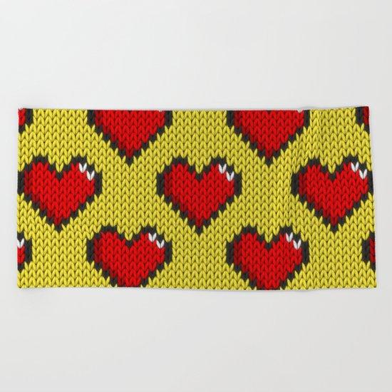 Knitted heart pattern - yellow Beach Towel