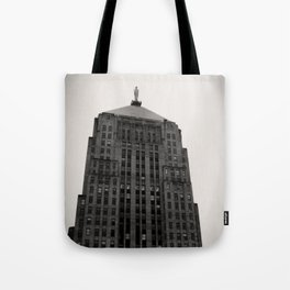 Chicago Board of Trade Building Black and White Tote Bag