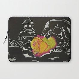 Kiss of Death Laptop Sleeve