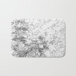 Abstract Flower in B&W // Flor abstracta en B/N Bath Mat
