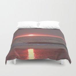 sun sleeping in the sea Duvet Cover