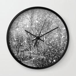 Snow in early fall(3) Wall Clock