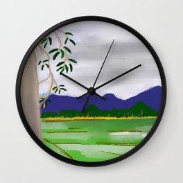 Ton Iu Gap Doi Wall Clock