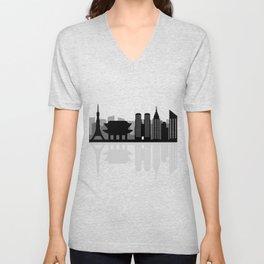 tokio skyline Unisex V-Neck