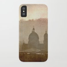 Cityscape - late afternoon Slim Case iPhone X