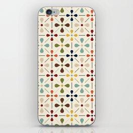 Vintage Daisy Pattern, Mid Century Modern iPhone Skin