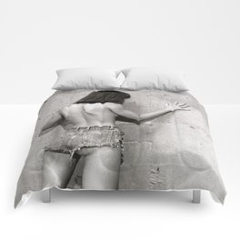 Only shades of Gray Comforters