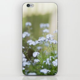 forget me not. iPhone Skin