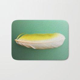 Single, Pale Yellow Feather Bath Mat