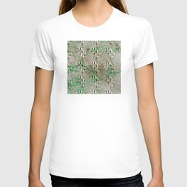 Optical Illusion: Black & White With Green Accents T-shirt