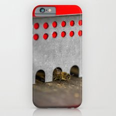 The Bee has the entry of the hive iPhone 6s Slim Case