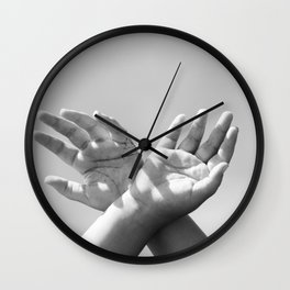 Qui Vivra Verra B&W Wall Clock