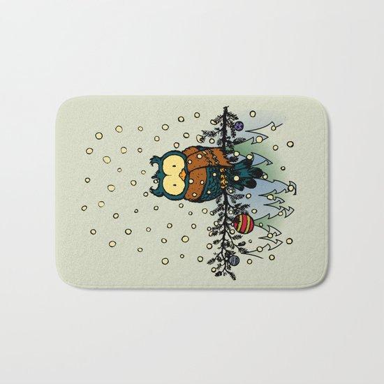 Owl in the snow v2 Bath Mat