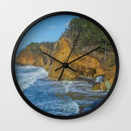 The Cove I Wall Clock