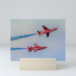 Arrow Display Mini Art Print