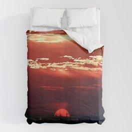Burning Southern Setting Sun Comforters