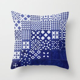 tile blue background Throw Pillow
