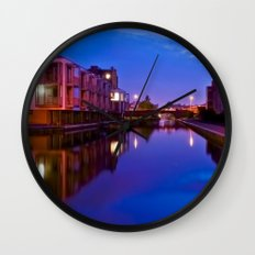 The swans silenced Wall Clock