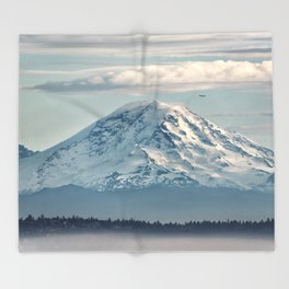 Seattle Mount Rainier Throw Blanket