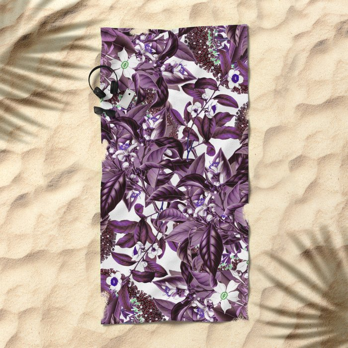 LEAF PATTERN 2 Beach Towel