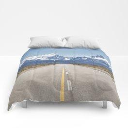 El Chaltén - Patagonia Argentina Comforters