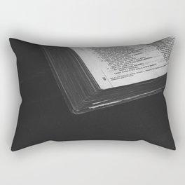 La biblia Rectangular Pillow