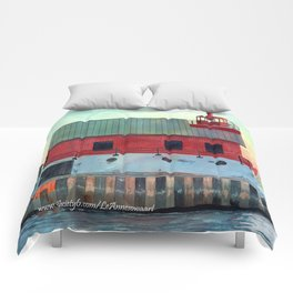 Grand Haven Outer lighthouse Focus Comforters