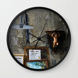 In The Corner - Lucca Wall Clock