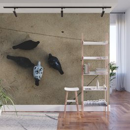 The pigeons' snack time Wall Mural