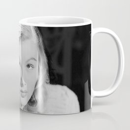 Veronica Lake, Hollywood Starlet black and white photograph / black and white photography Coffee Mug