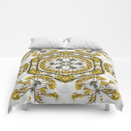 Striking kangaroo paw kaleidoscope Comforters