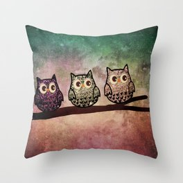 owl-46 Throw Pillow