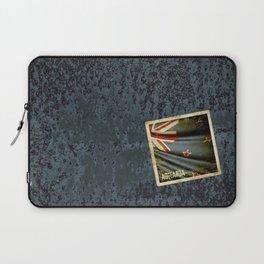 Grunge sticker of New Zealand flag Laptop Sleeve