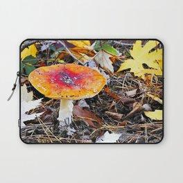 Amanita muscaria Laptop Sleeve