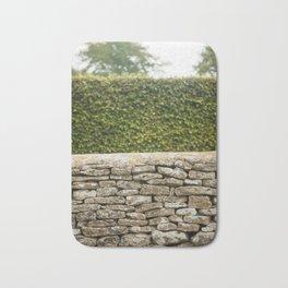 Wall and Hedge Bath Mat